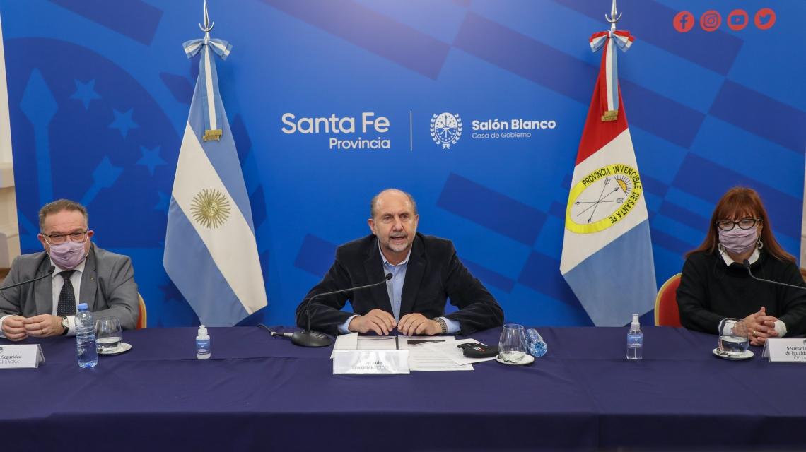 Perotti participó de un conversatorio sobre el abordaje de la violencia de género en la policía